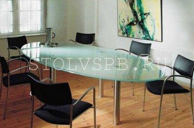 Овальный стеклянный стол для руководителя