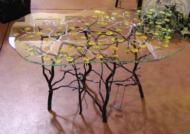 Интерьерный кованный стол